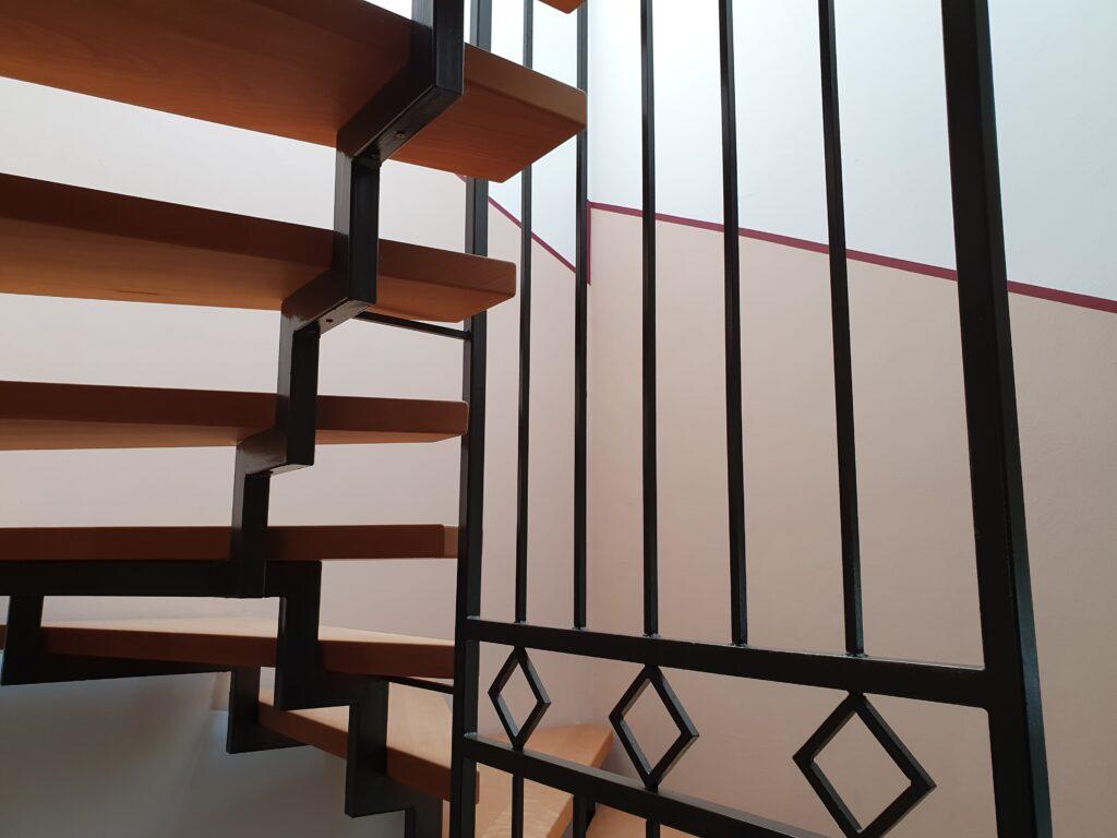 Harfentreppe Harfengeländer aus Stahl